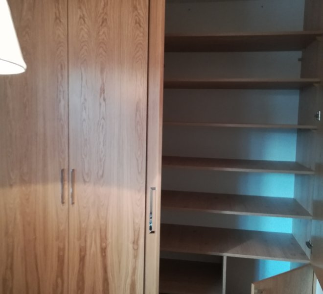 Szafa klasyczna drewno 4
